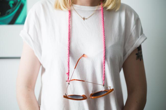 Patron Gratuit   Cordon pour lunettes en crochet   The Blog - FR c6b5803edb2f